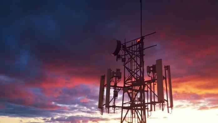 Perú triplicará mediciones de radiación a antenas móviles este año