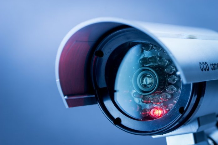 Hackers acceden a más de 100 mil cámaras de vigilancia de hospitales, empresas y prisiones
