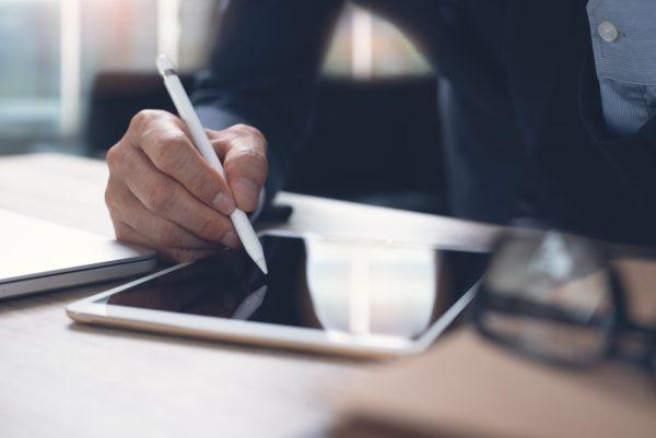 Firma electrónica: impulsar el negocio con un clic, sin tener que esperar