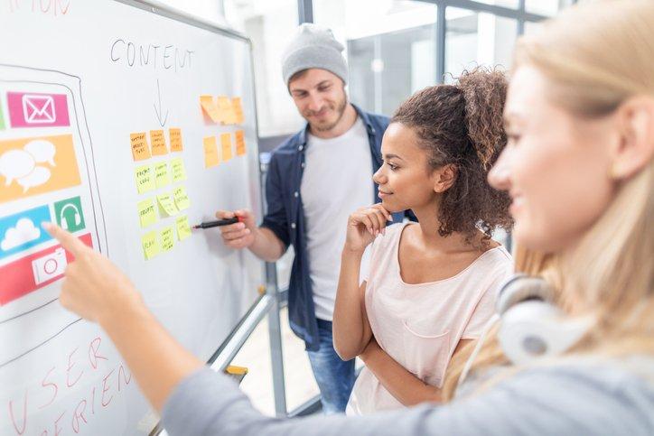 Read more about the article La mayoría de los directores de marketing son responsables de los datos y la tecnología